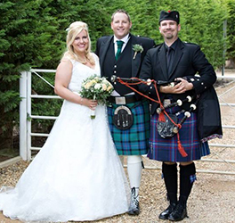 Pro piper Ed Arnold is one of many great musicians experienced in making Scottish and Irish weddings special.